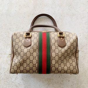 🥀 VINTAGE GUCCI Plus 70's/80's Boston Bag GG